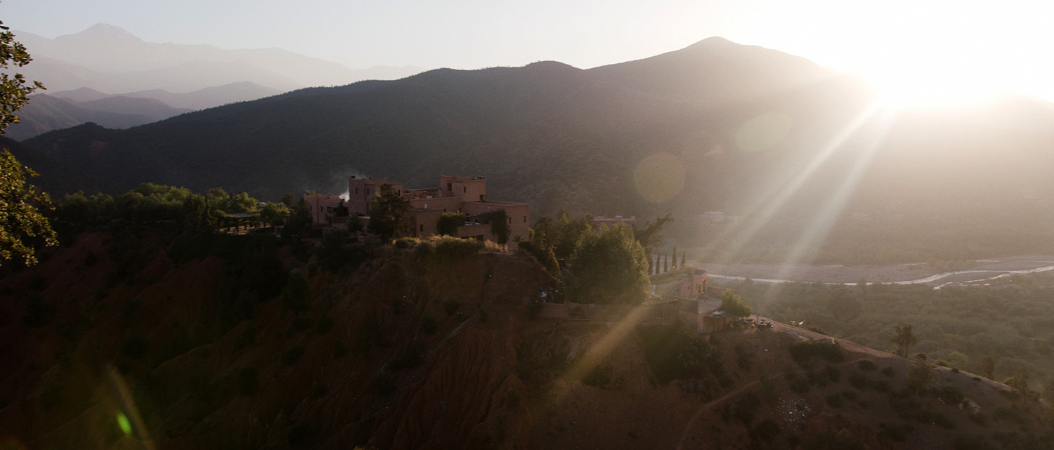 Trouwfilm-Samir-Atva-kasbah-bab-ourika-marrakech-morocco-wedding-film-videographer-atlas-mountains-13