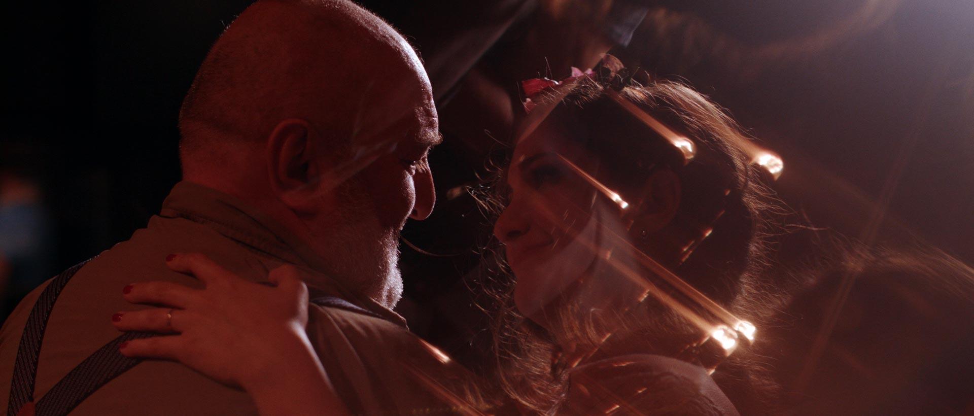 trouwfilm-robert-yasemin-bliss-hotel-domaine-heerstaayen-binnen-breda-fotobelle-heerlijk-hecht-videograaf-the-dreamers